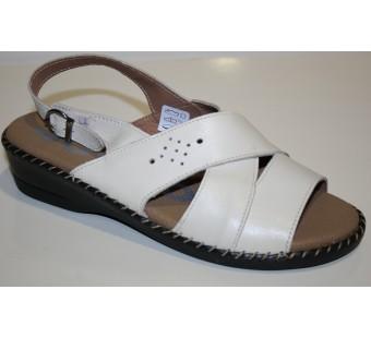 Zapato tipo sandalia beig ancho especial 48 horas